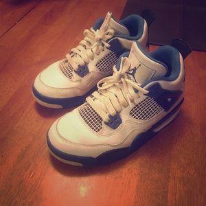 Jordan retros boys size 3.5 youth